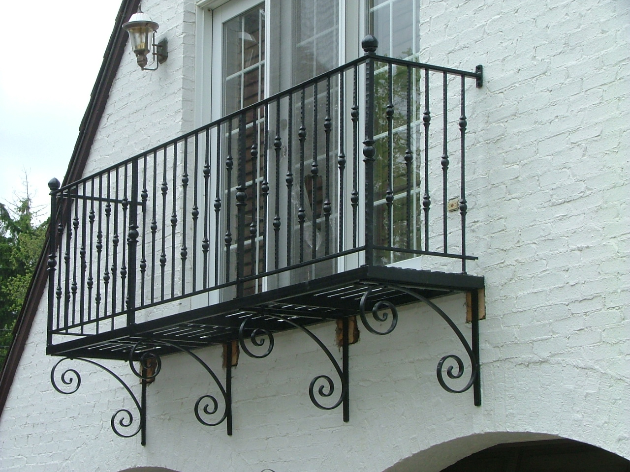 Finelli ironworks wrought iron balcony finelli ironworks for Metal balcony