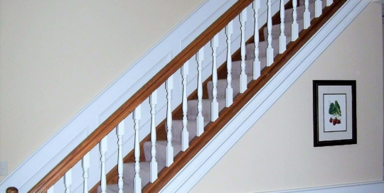 wood staircase remodel