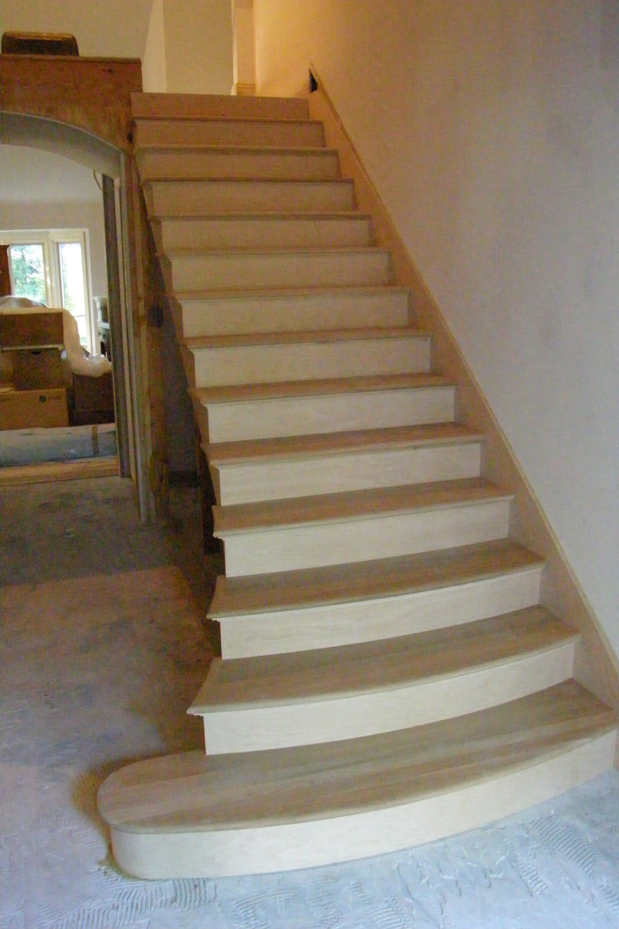 Finelli ironworks curved stair with double bull nose for Curved staircase
