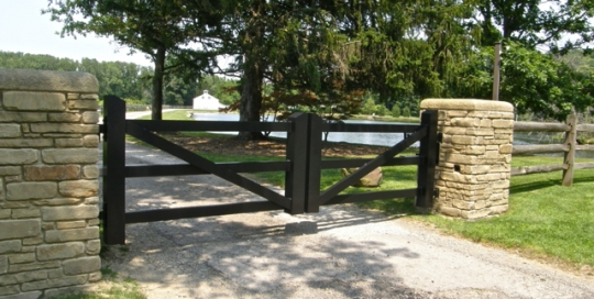 Finelli Architectural Iron and Stairs custom aluminum driveway gate in gates mills ohio
