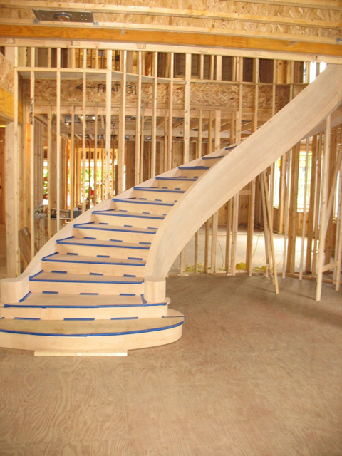 Curved Staircase With Bullnose Starting Tread