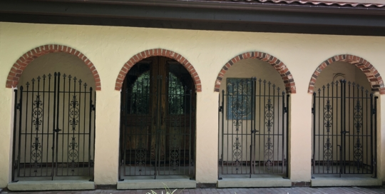 exterior iron man gates